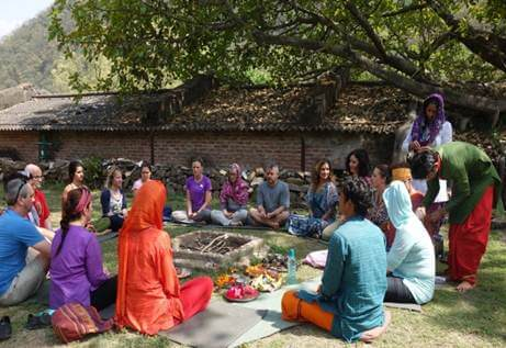200 hours yoga teacher training course in rishikesh
